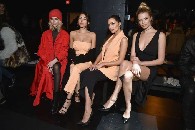 Madison Beer: Cushnie Et Ochs Show at 2017 NYFW -11
