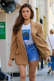Madison Beer - Goes shopping in Beverly Hills