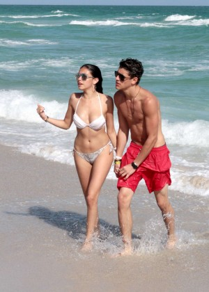 Madison Beer: In White Bikini at a Beach in Miami (adds)-106