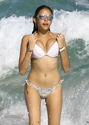 Madison Beer: In White Bikini at a Beach in Miami (adds)-112