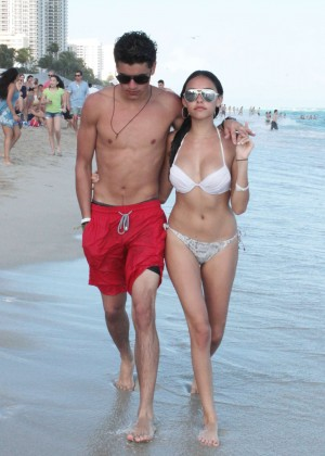 Madison Beer: In White Bikini at a Beach in Miami (adds)-135