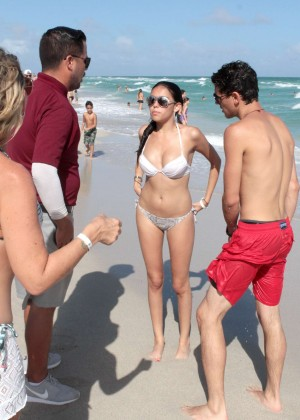 Madison Beer: In White Bikini at a Beach in Miami (adds)-75