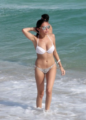 Madison Beer: In White Bikini at a Beach in Miami (adds)-97