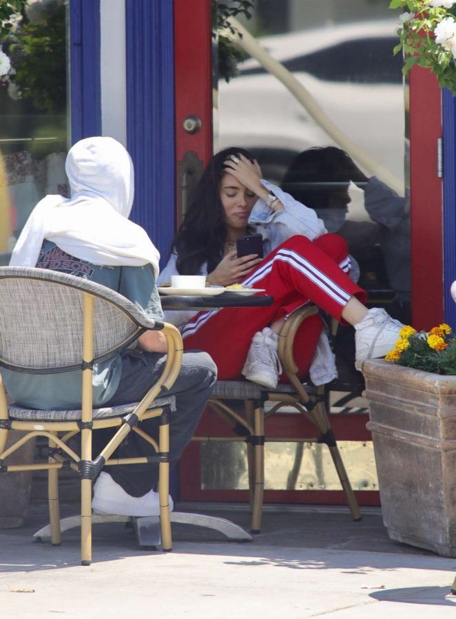 Madison Beer out for breakfast in LA -07