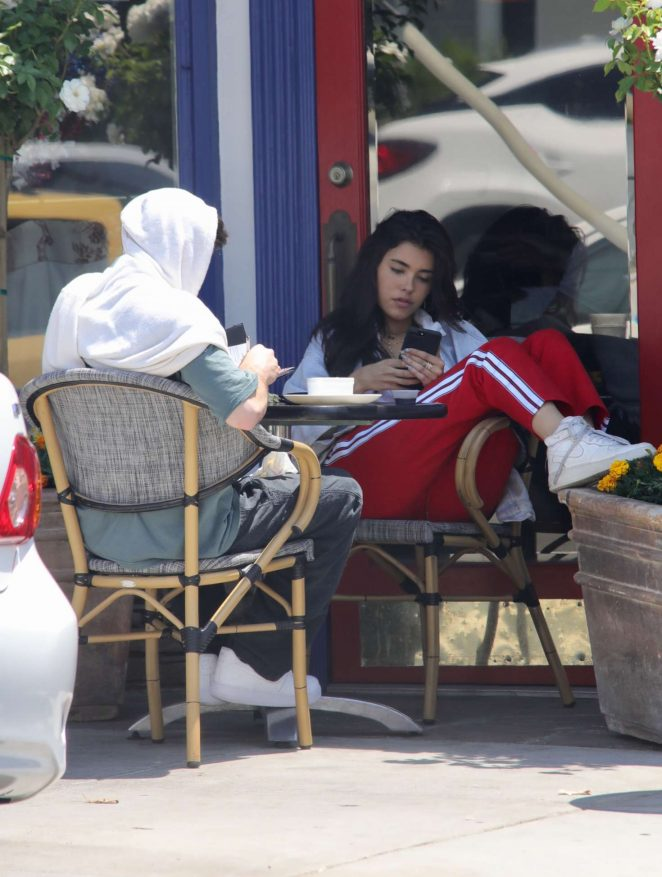Madison Beer out for breakfast in LA -10