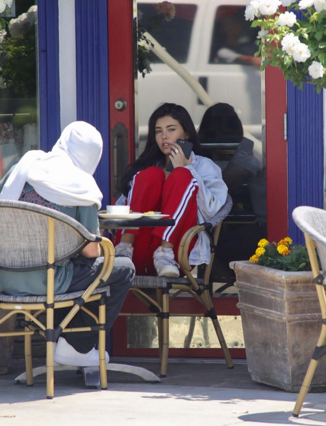 Madison Beer out for breakfast in LA -11
