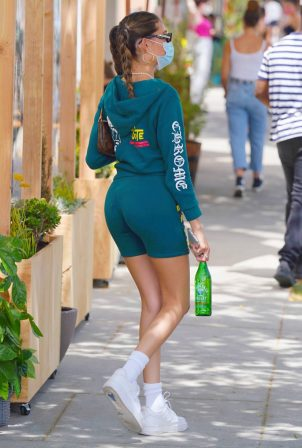 Madison Beer - Pictured while out for lunch in Beverly Hills