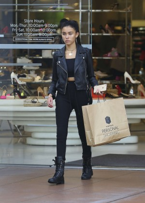 Madison Beer: Shopping in West Hollywood -15