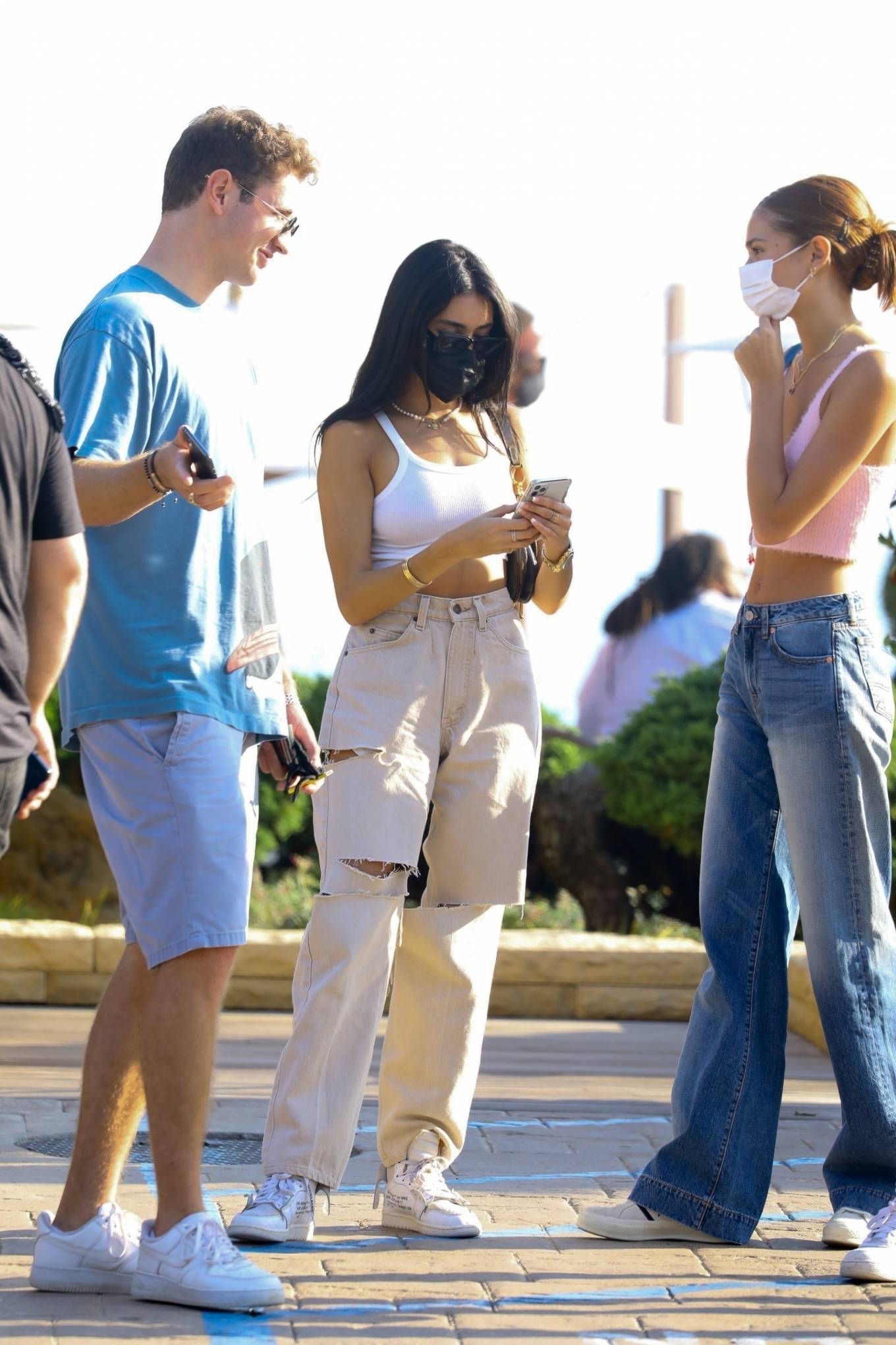 Madison Beer 2020 : Madison Beer – With a group of friends at Nobu in Malibu-06