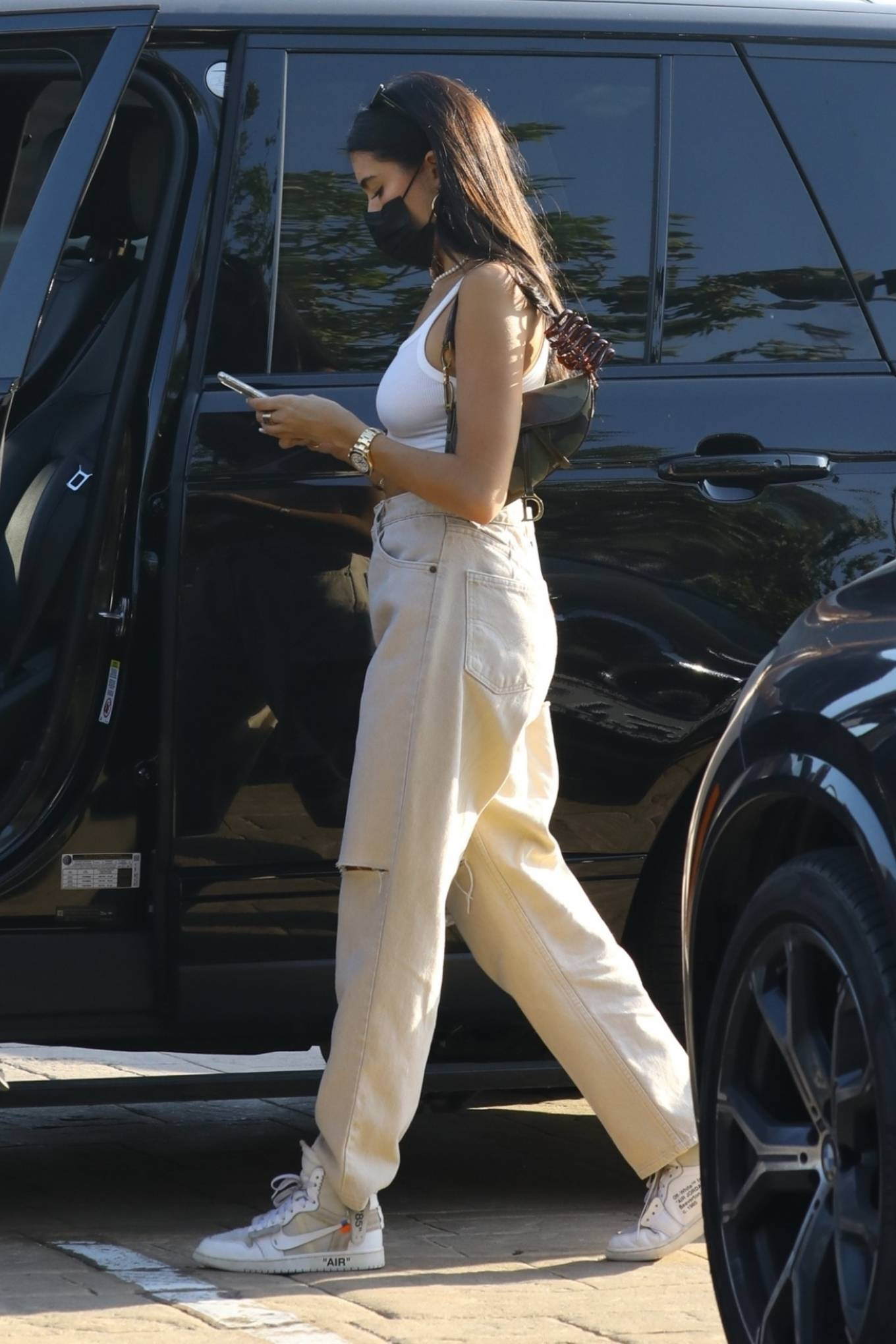 Madison Beer 2020 : Madison Beer – With a group of friends at Nobu in Malibu-08