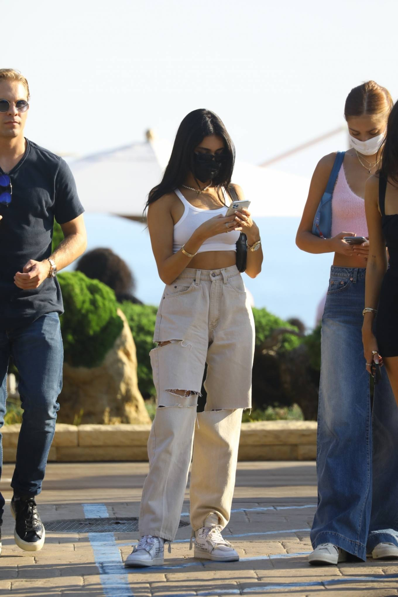 Madison Beer 2020 : Madison Beer – With a group of friends at Nobu in Malibu-12