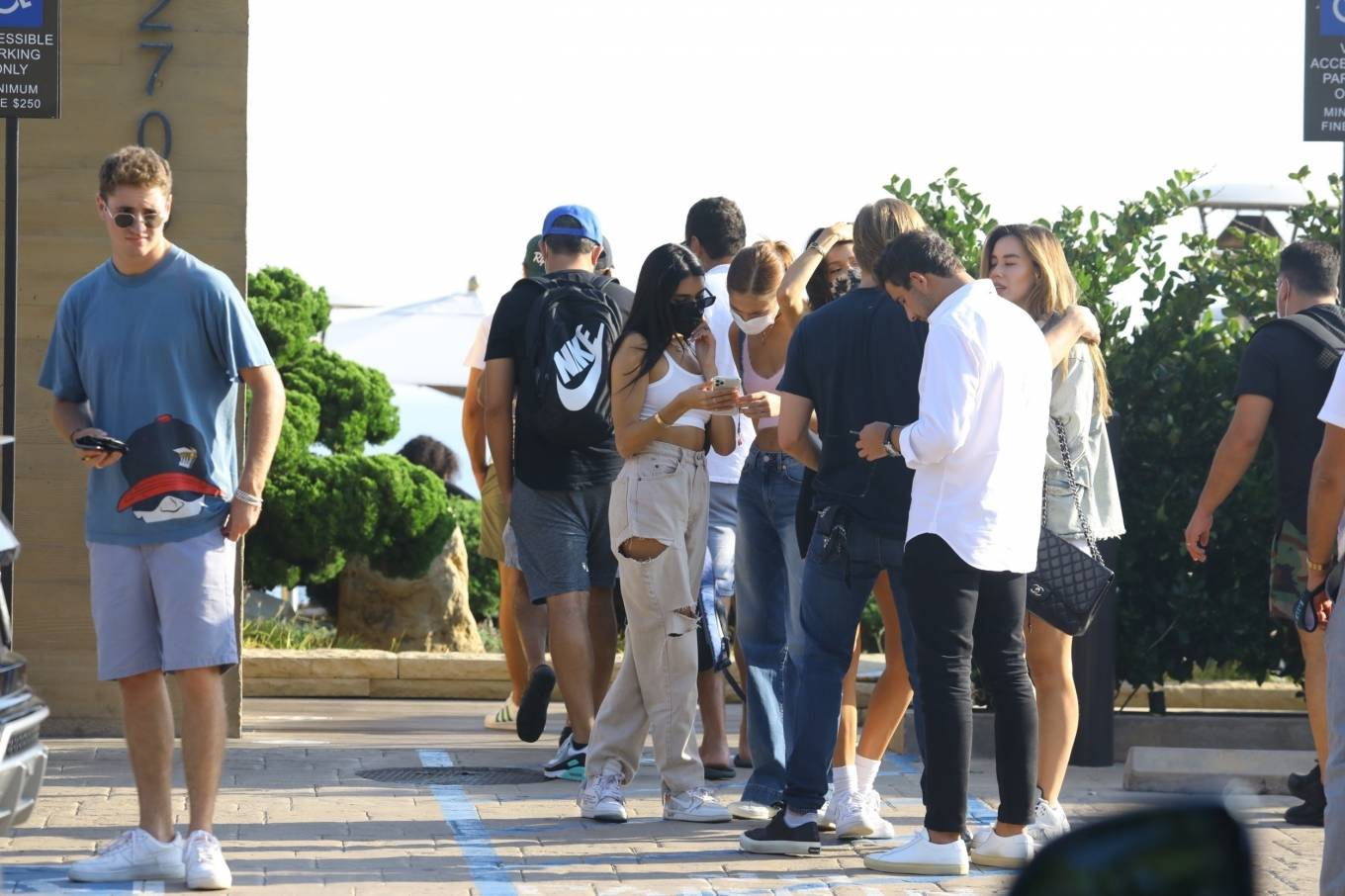 Madison Beer 2020 : Madison Beer – With a group of friends at Nobu in Malibu-16