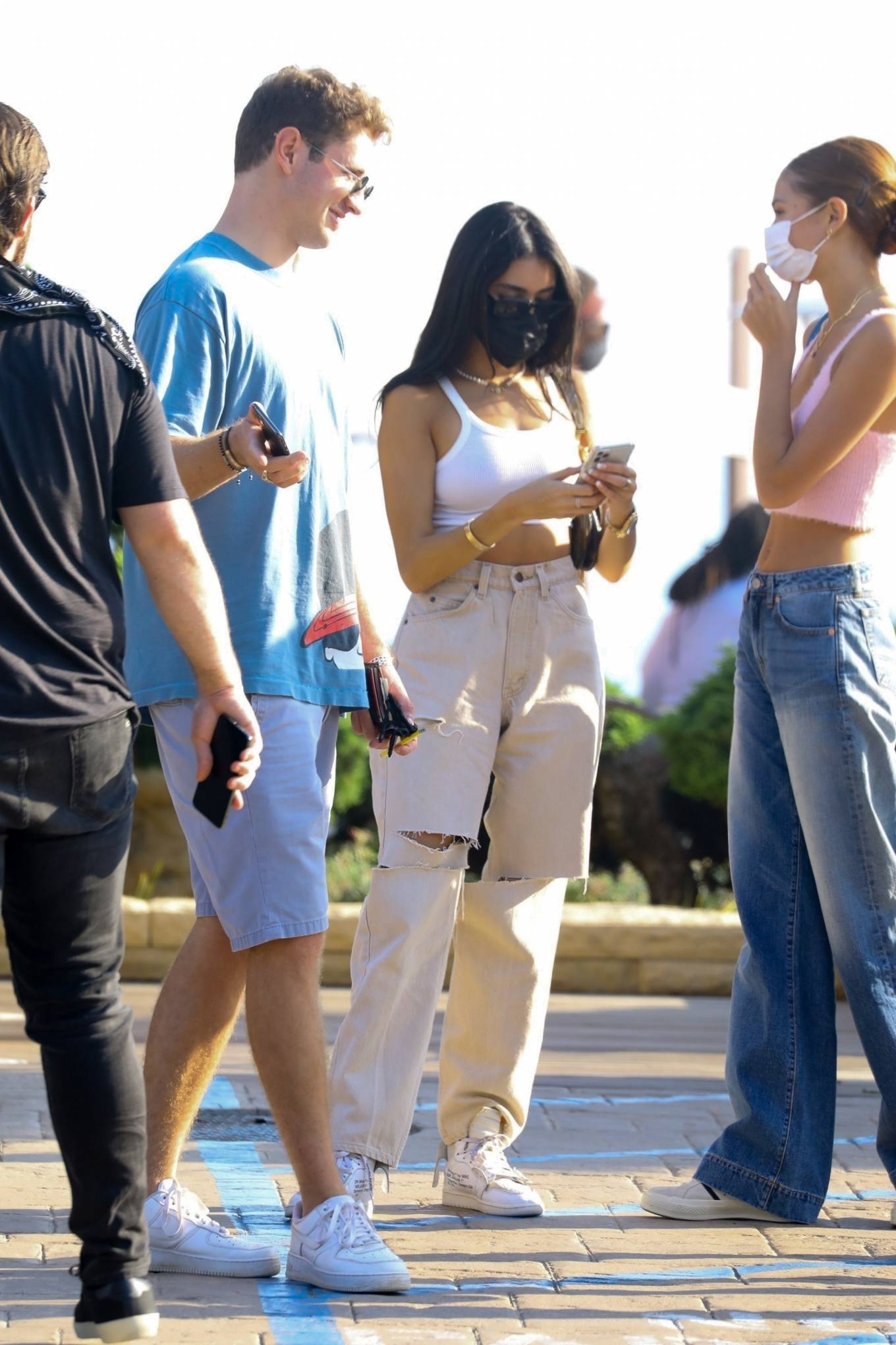 Madison Beer 2020 : Madison Beer – With a group of friends at Nobu in Malibu-19