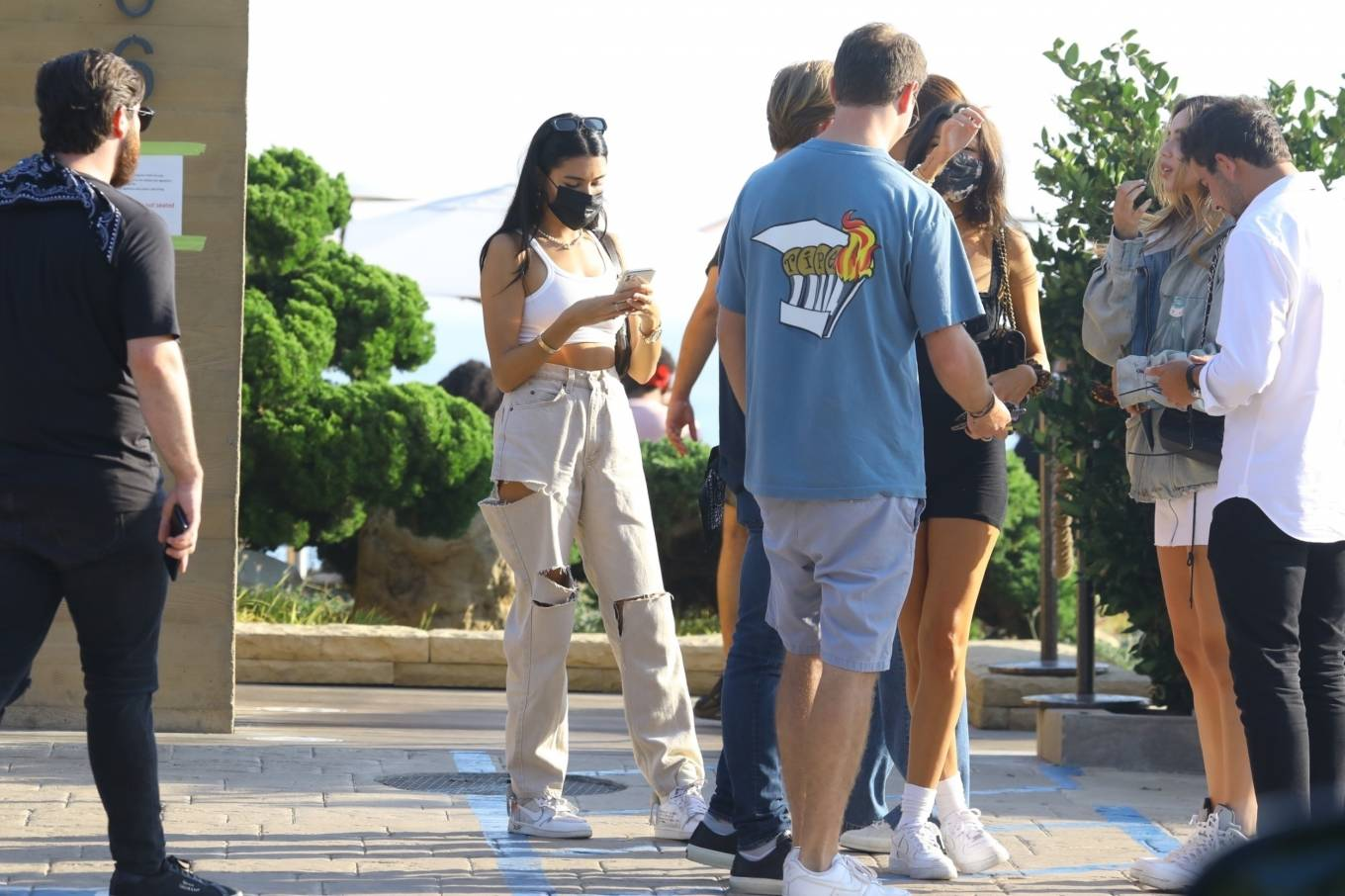 Madison Beer 2020 : Madison Beer – With a group of friends at Nobu in Malibu-20