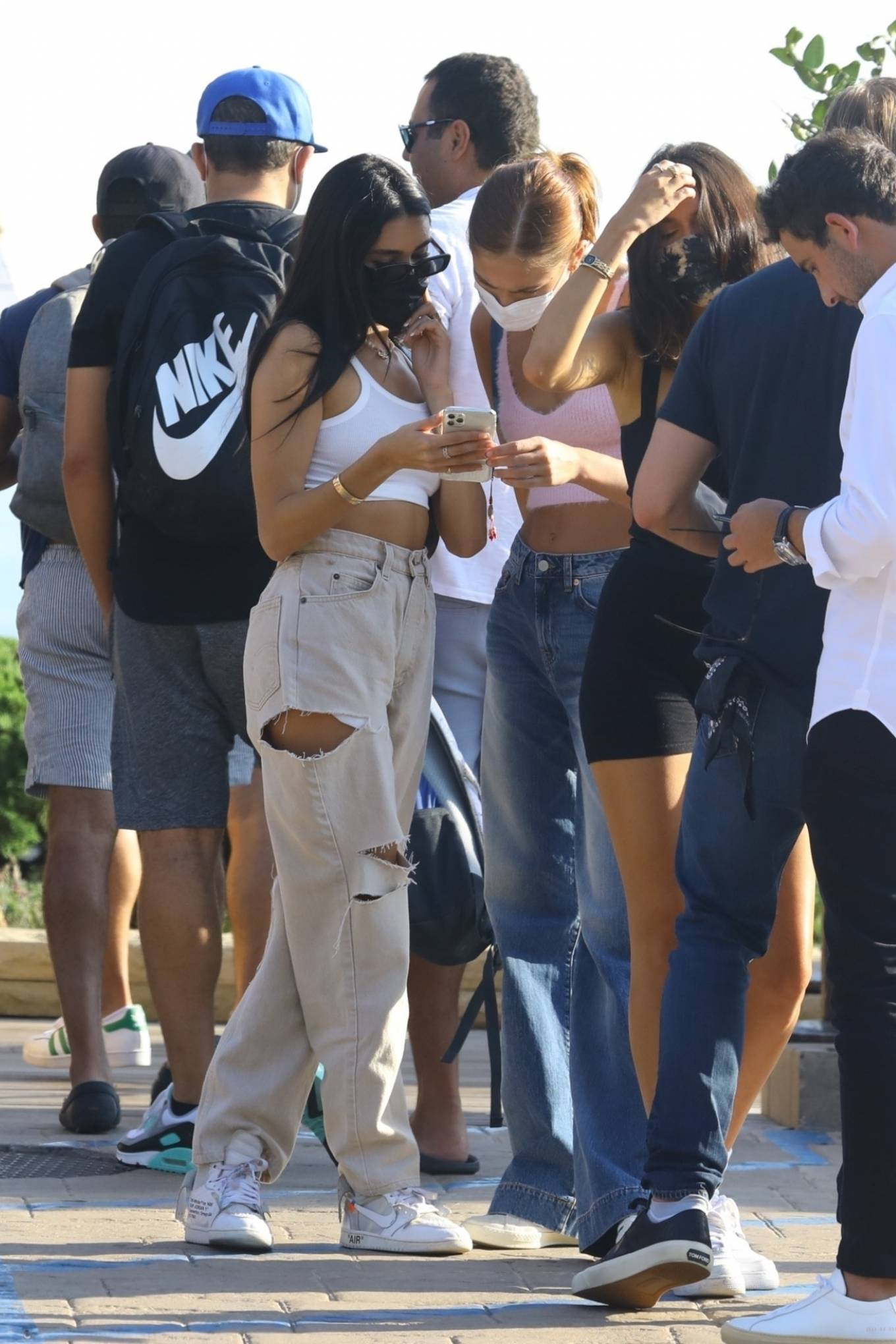 Madison Beer 2020 : Madison Beer – With a group of friends at Nobu in Malibu-21