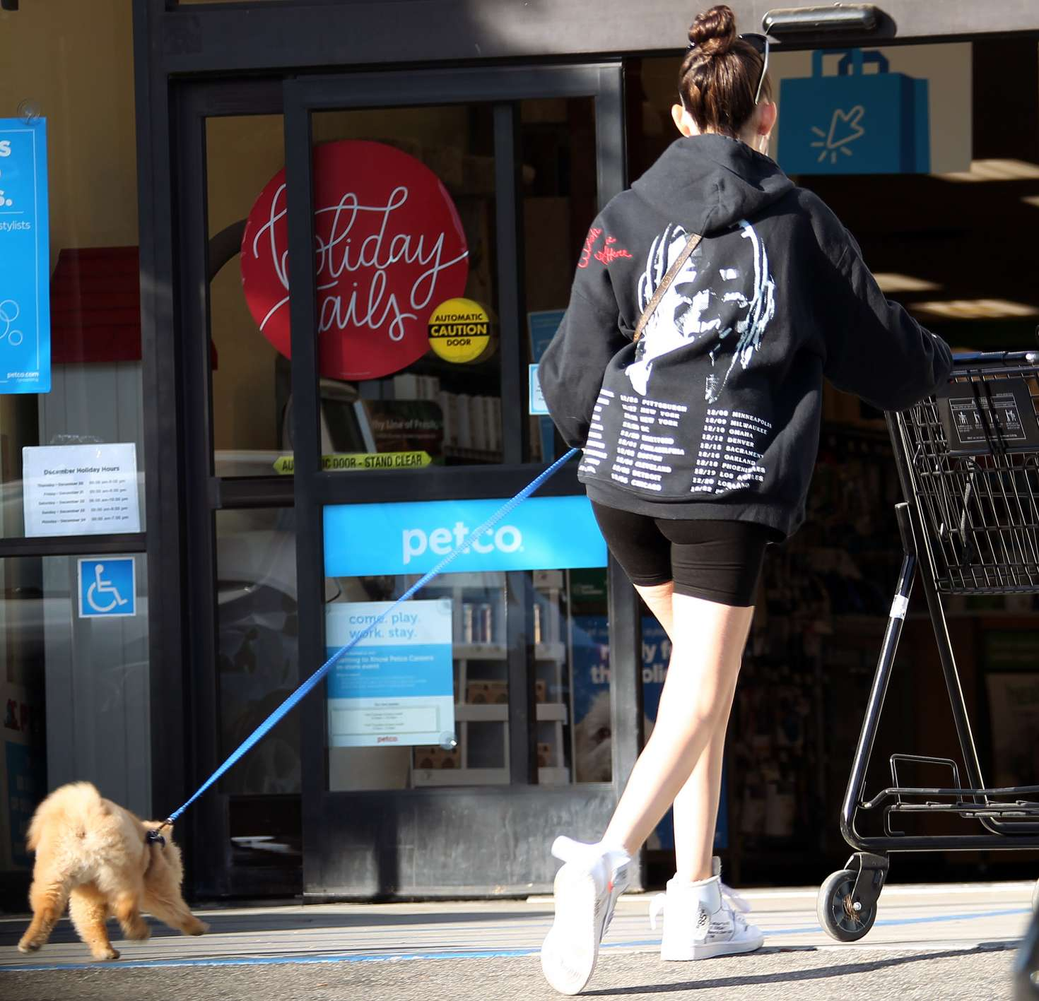 Madison Beer 2018 : Madison Beer with her dog -01