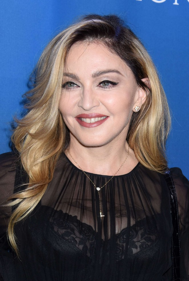 Madonna - Gala Benefiting Haiti Relief in Beverly Hills