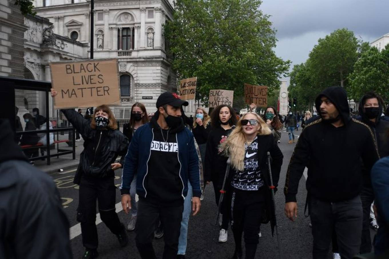 MADONNA 2020 : Madonna – Protest in London-02
