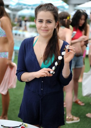 Mae Whitman - Aerie Celebrates Swim #AerieREAL in Miami Beach