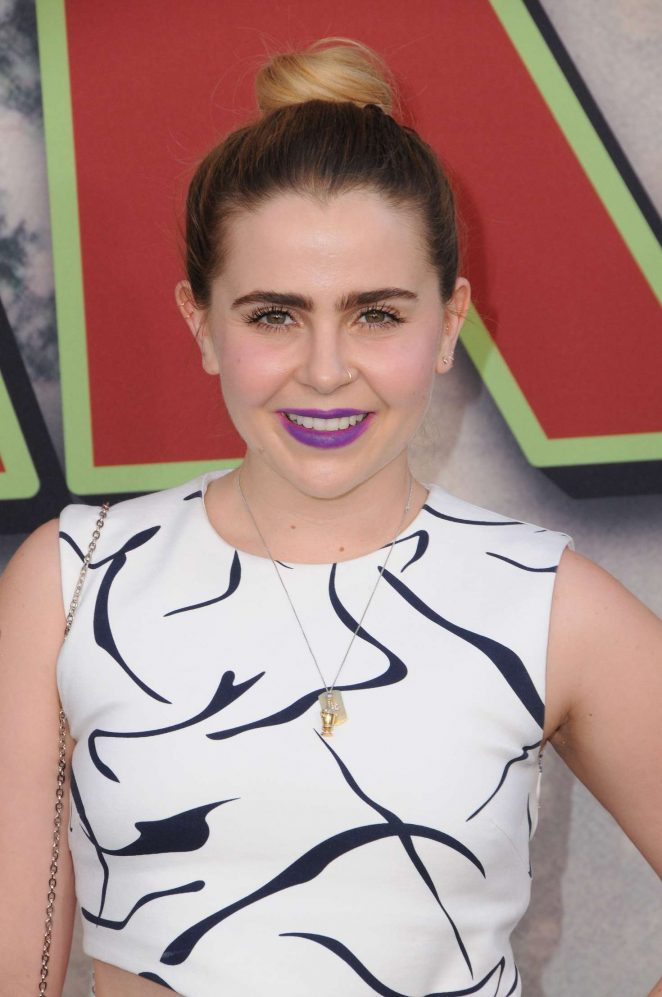 Mae Whitman - Showtime's 'Twin Peaks' Premiere in Los Angeles