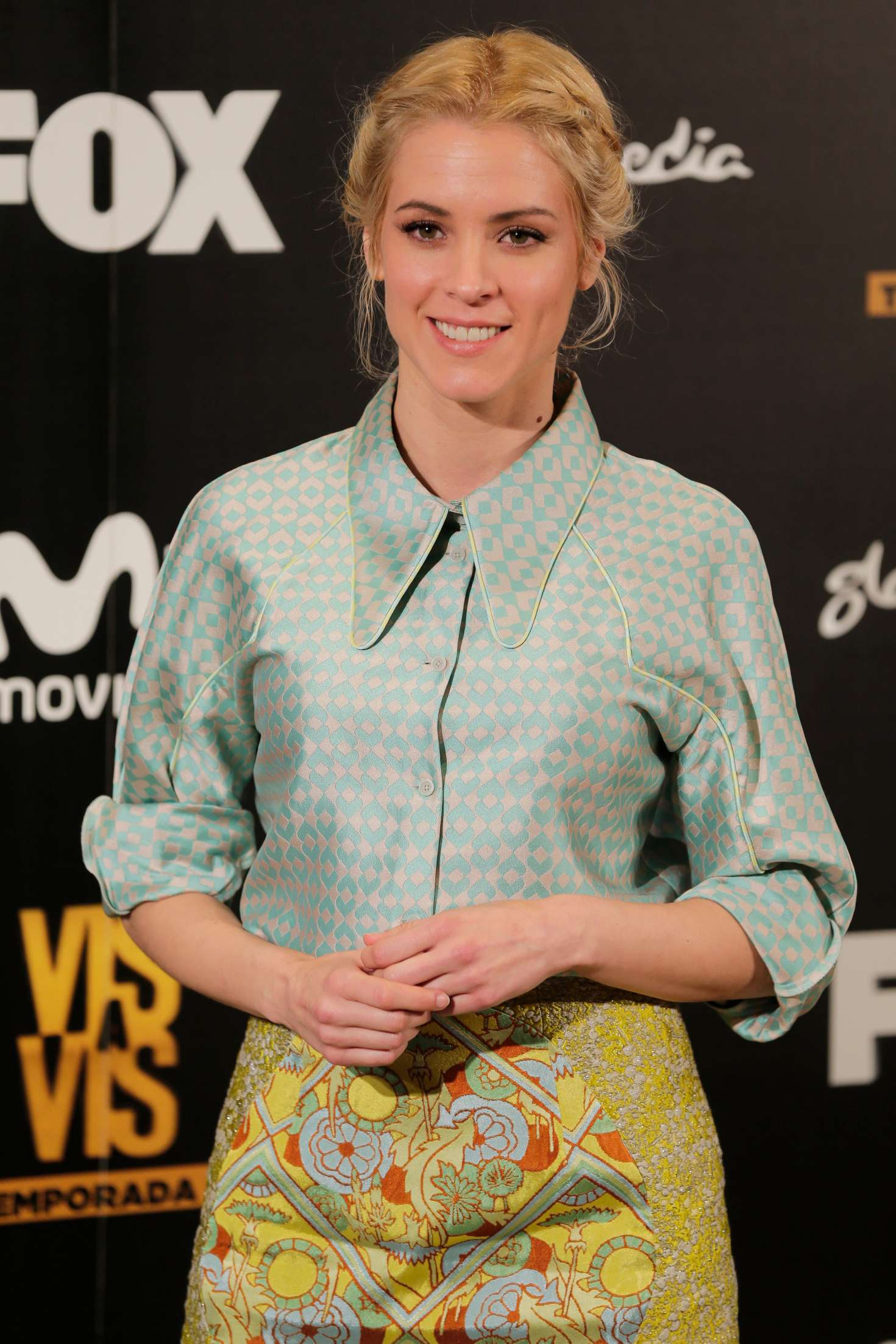 maggie civantos vis a vis photocall in madrid gotceleb. Black Bedroom Furniture Sets. Home Design Ideas