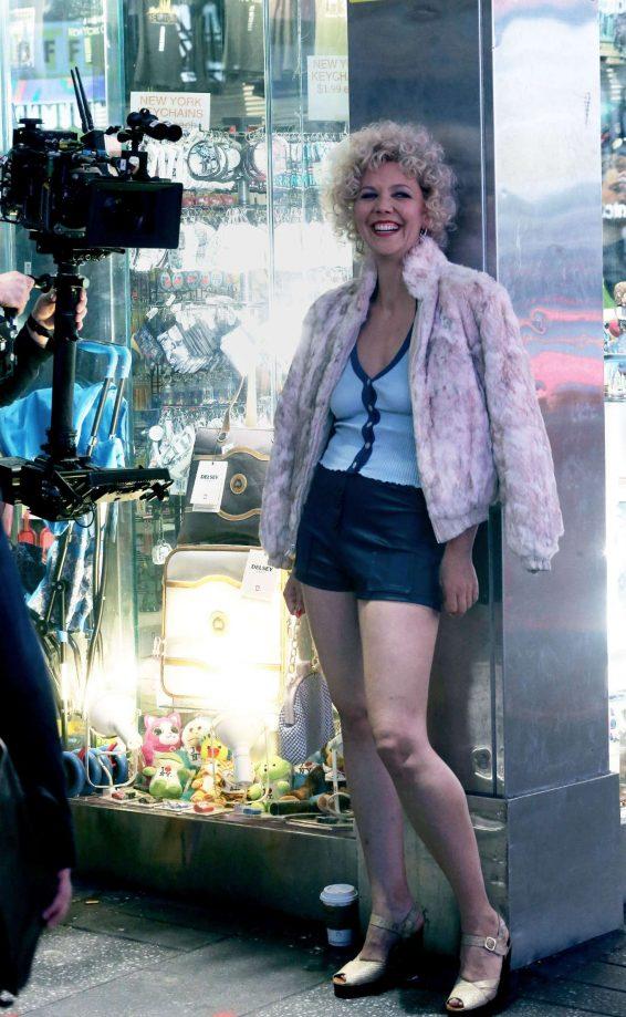 Maggie Gyllenhaal - Filming the final episode of 'The Deuce' in New York