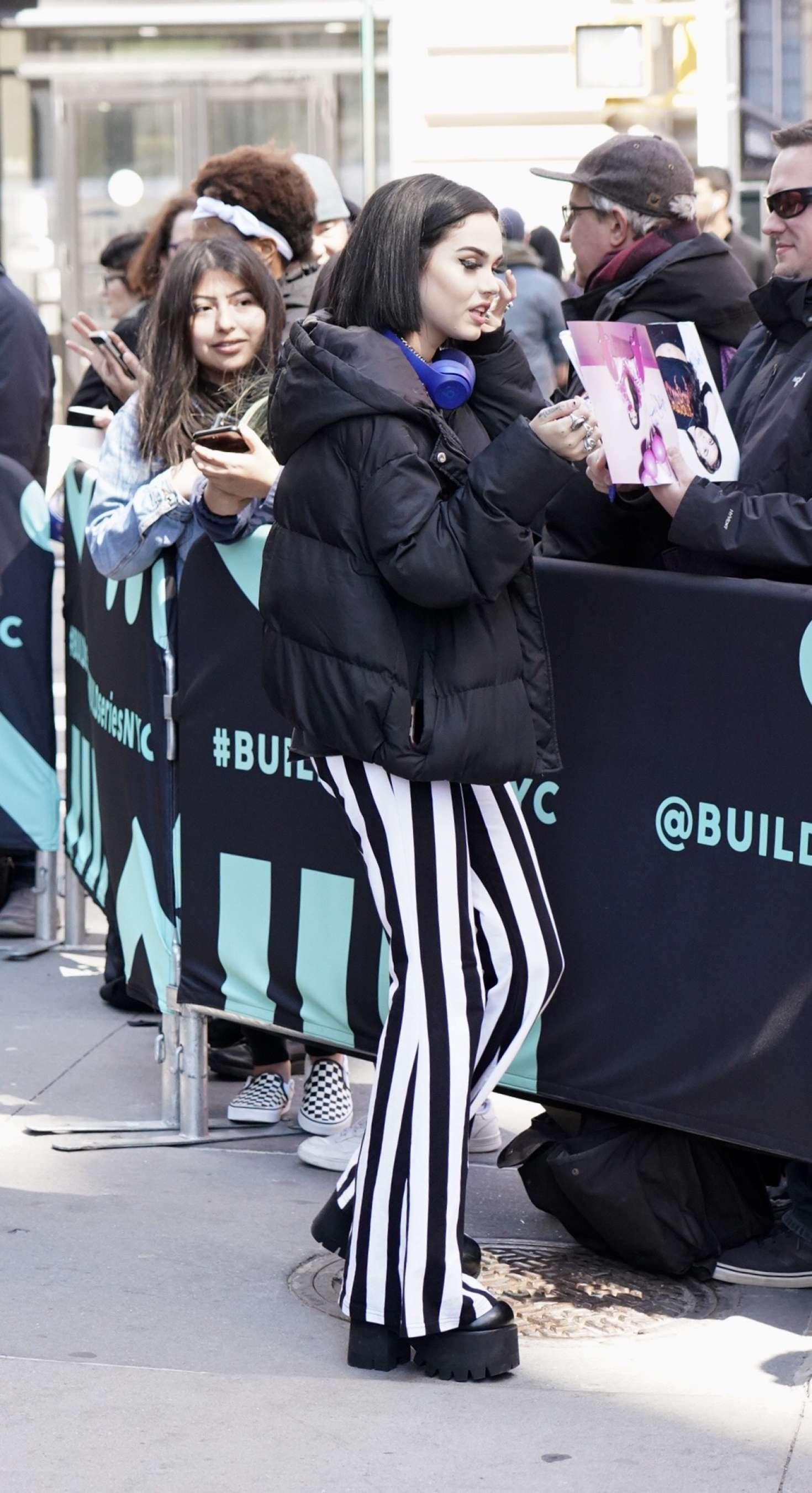 Maggie Lindemann 2019 : Maggie Lindemann: Arrives at Build Studios -02