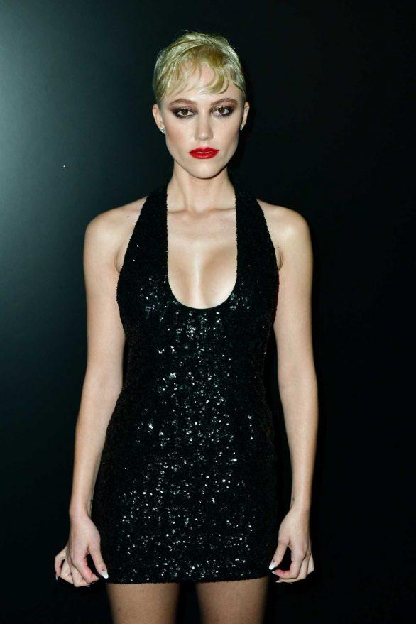 Maika Monroe - Saint Laurent Show at Paris Fashion Week 2020