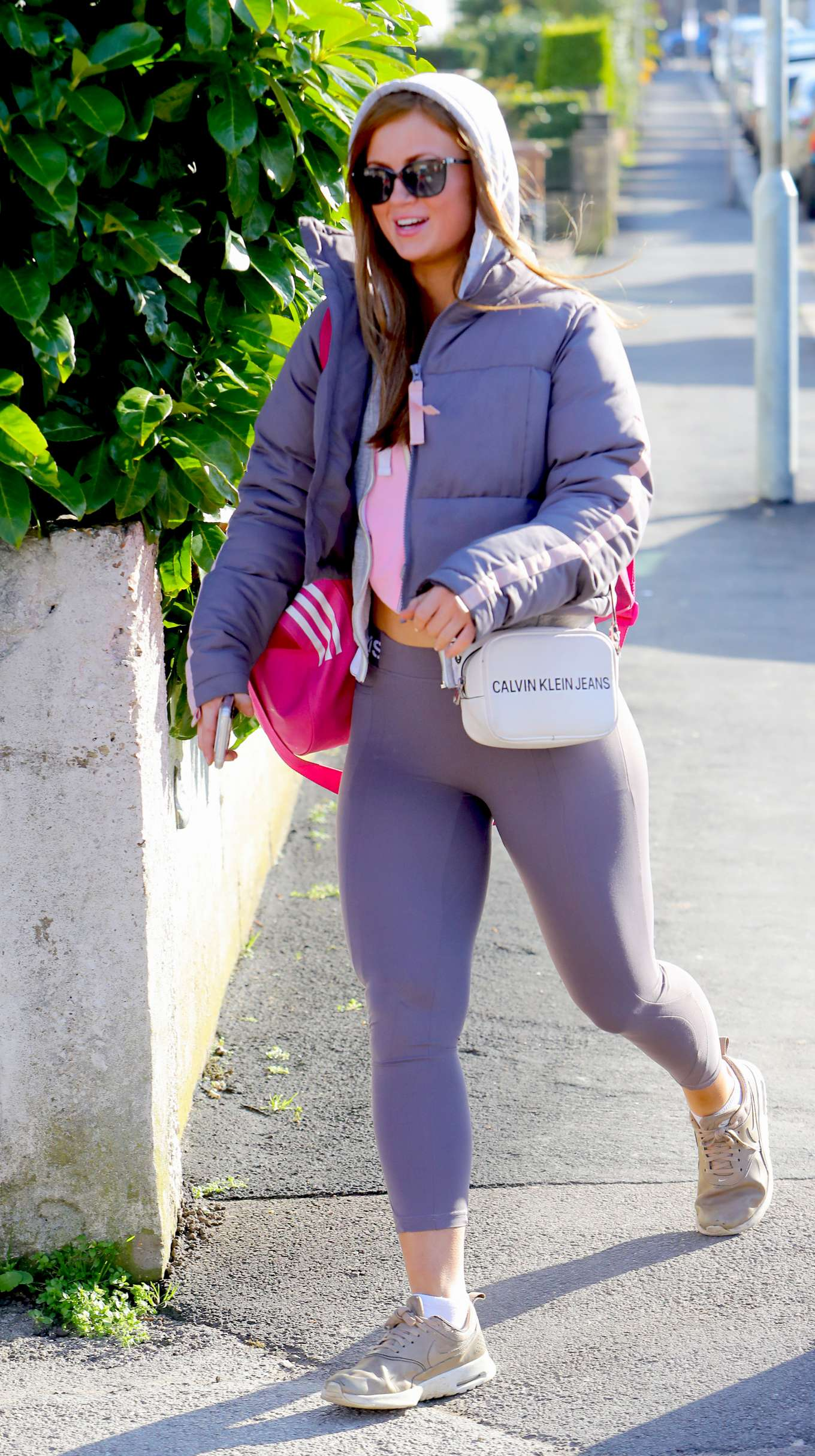 Maisie Smith spotted with her gym bag and Dr Who keyring in London