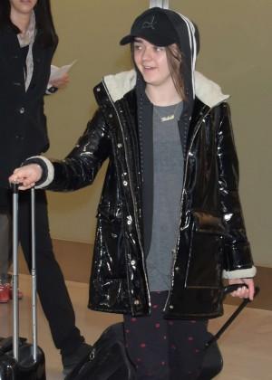 Maisie Williams - Arriving in Tokyo