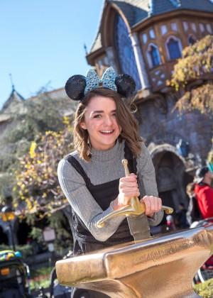 Maisie Williams - Disneyland in Anaheim