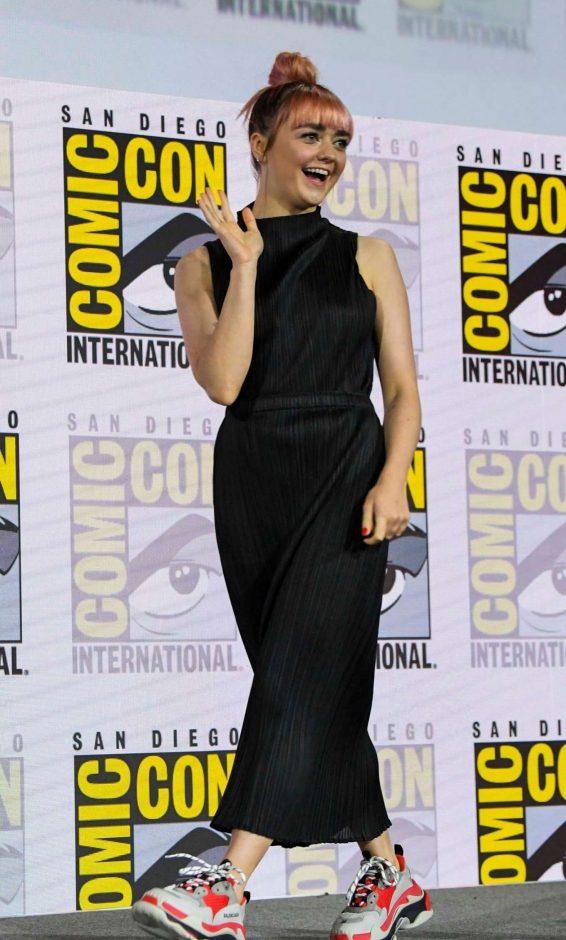 Maisie Williams 2019 : Maisie Williams – Game of Thrones Panel at Comic Con San Diego 2019-12