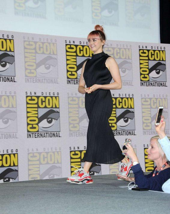 Maisie Williams 2019 : Maisie Williams – Game of Thrones Panel at Comic Con San Diego 2019-22