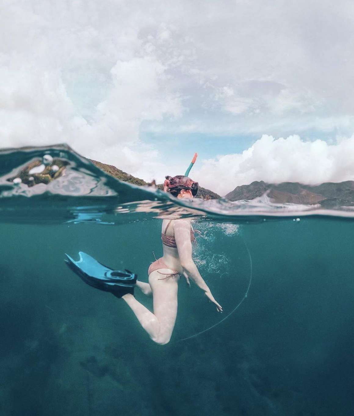 Maisie Williams in a Bikini in Seychelles - Instagram