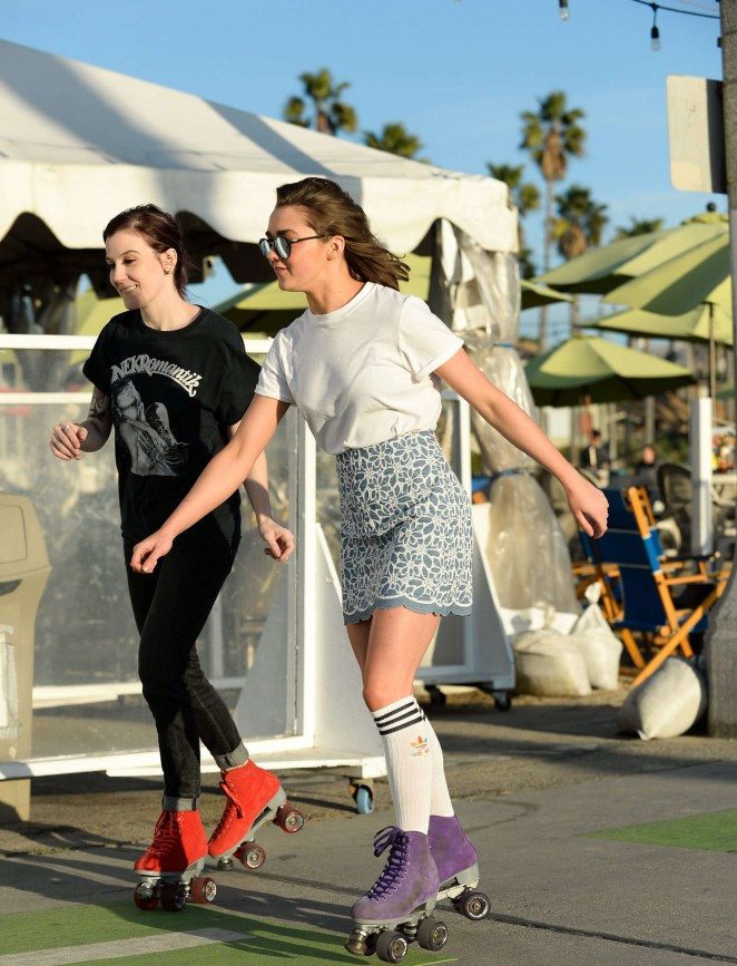 Maisie Williams 2016 : Maisie Williams in Mini Skirt Roller Skating -07