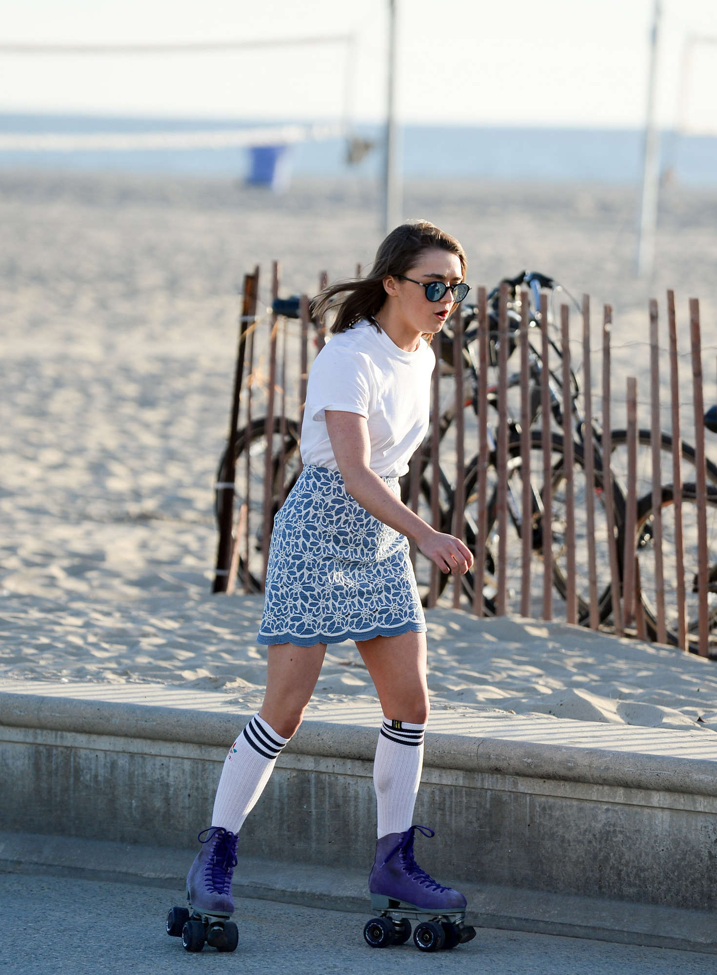 Maisie Williams 2016 : Maisie Williams in Mini Skirt Roller Skating -17