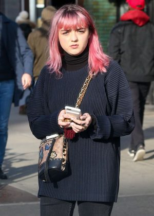 Maisie Williams - Out in New York City