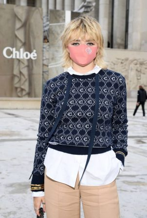Maisie Williams - Pictured at Chloe show Spring Summer 2021 Paris Fashion Week