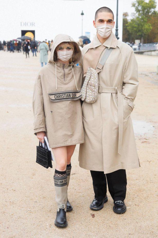Maisie Williams - Seen leaving the Dior show at Paris Fashion Week 2020
