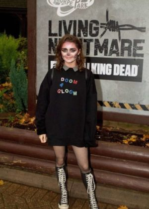 Maisie Williams - 'The Walking Dead: Living Nightmare' in Chertsey