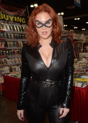 Maitland Ward at Comic Con Revolution in Ontario