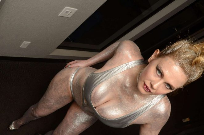 Maitland Ward on the set of All Time Comics trailer -08