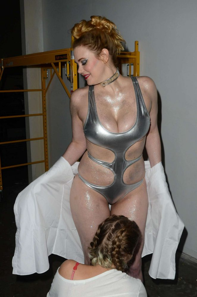Maitland Ward on the set of All Time Comics trailer -10