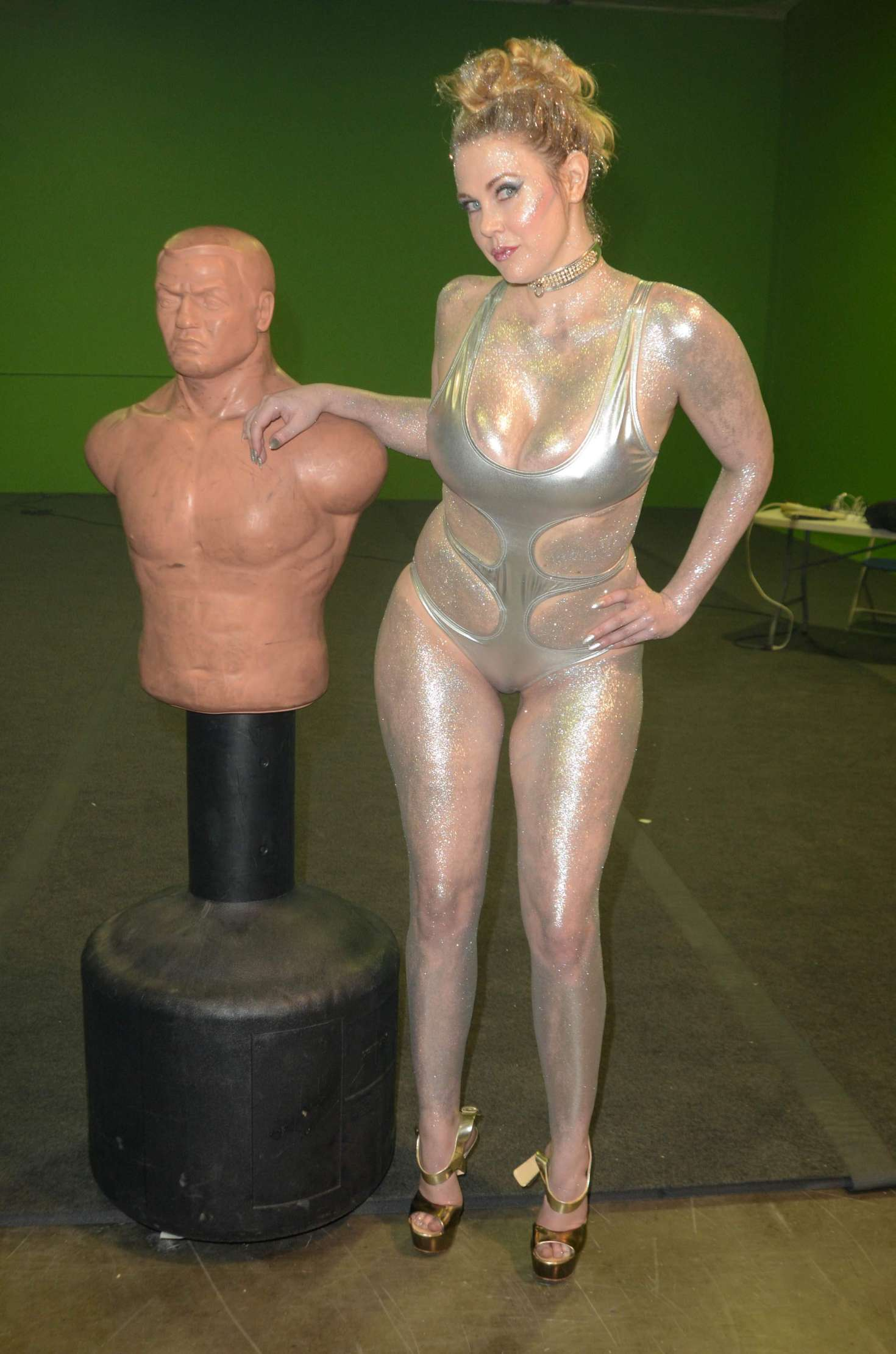 Maitland Ward on the set of All Time Comics trailer -12