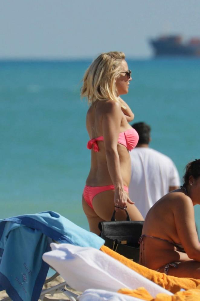 Maja Suput in Pink Bikini -06