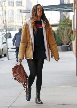Malia Obama Arriving at Weinstein offices for her internship in NY