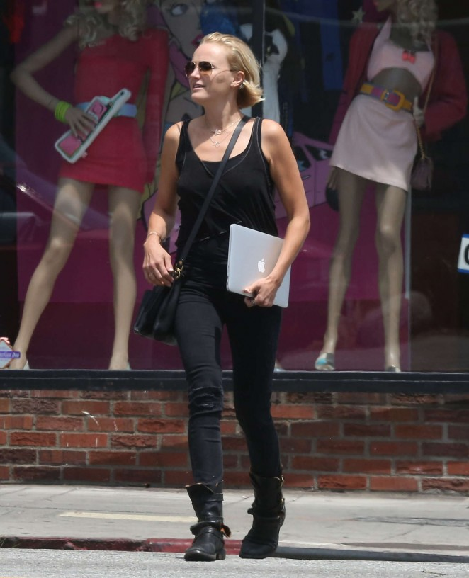 Malin Akerman: Out in LA -10
