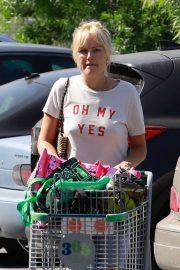 Malin Akerman - Shopping in Glendale