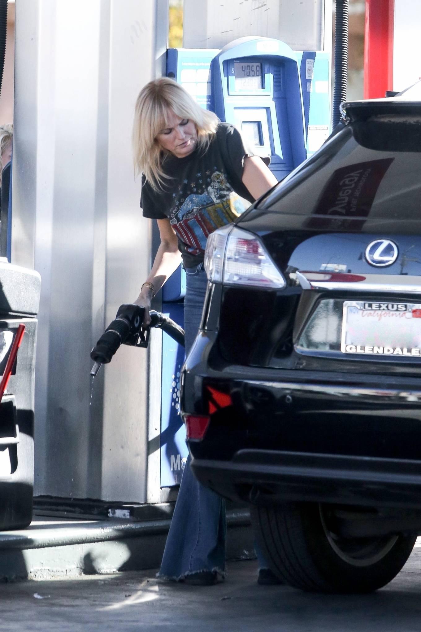 Malin Akerman - Stops at a gas station in Los Feliz
