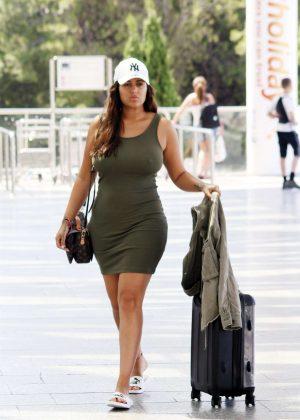 Malin Andersson - Arrives at international airport in Palma de Mallorca